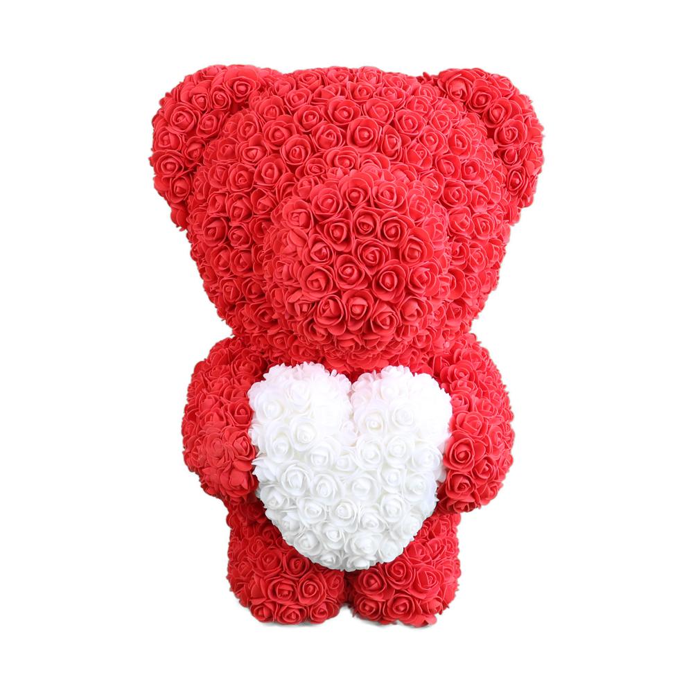 Bär aus Rosen in Rot mit weißen Herz