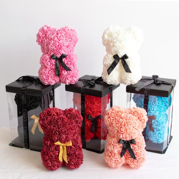Teddybär aus Rosen in allen Farben