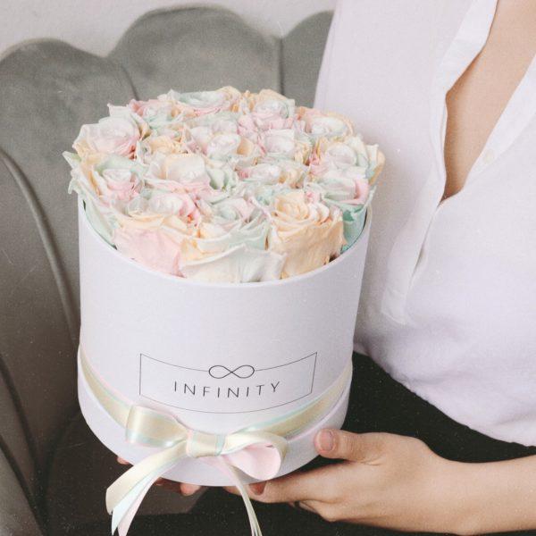 Rainbow Flowerbox mit Weißer Box