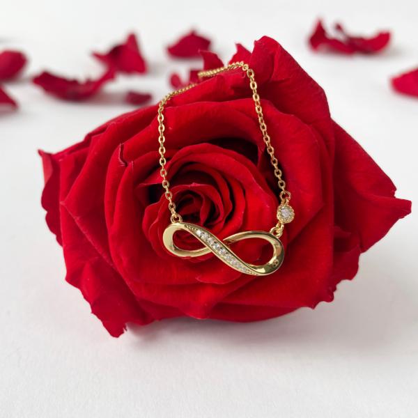 Gold Halskette von infinity Flowerbox mit ewig haltbare Rose