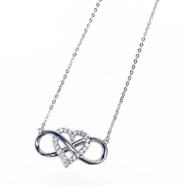 Halskette aus 925er Silber mit Herz und infinity Zeichen